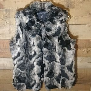 Rachel Zoe Black/Grey Faux Fur Vest Size Medium